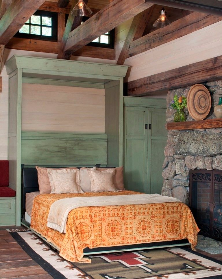 Small Rustic Art Cottage near Rocky Mountains, Colorado