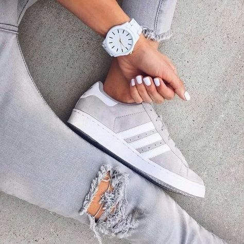 grey suede adidas Adidas chaussures femmes, Chaussures, Sneakers  Adidas shoes women, Shoes, Sneakers