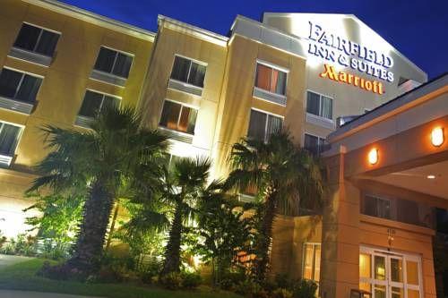 Dog Friendly Hotel In Usville Fl Fairfield Inn And Suites By Marriott Kennedy