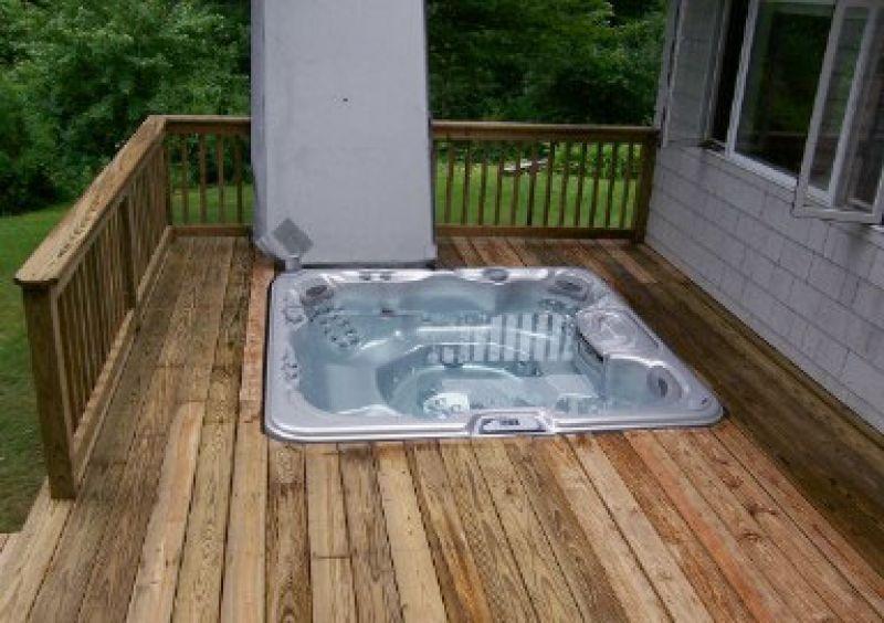 Sunken hot tub deck construction pristine home solutions for Sunken tub ideas