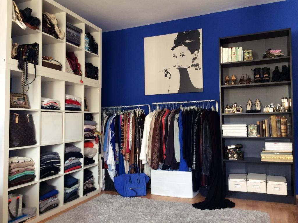Großes Regal für Klamotten, Kleiderstange für Jacken und Blusen ...