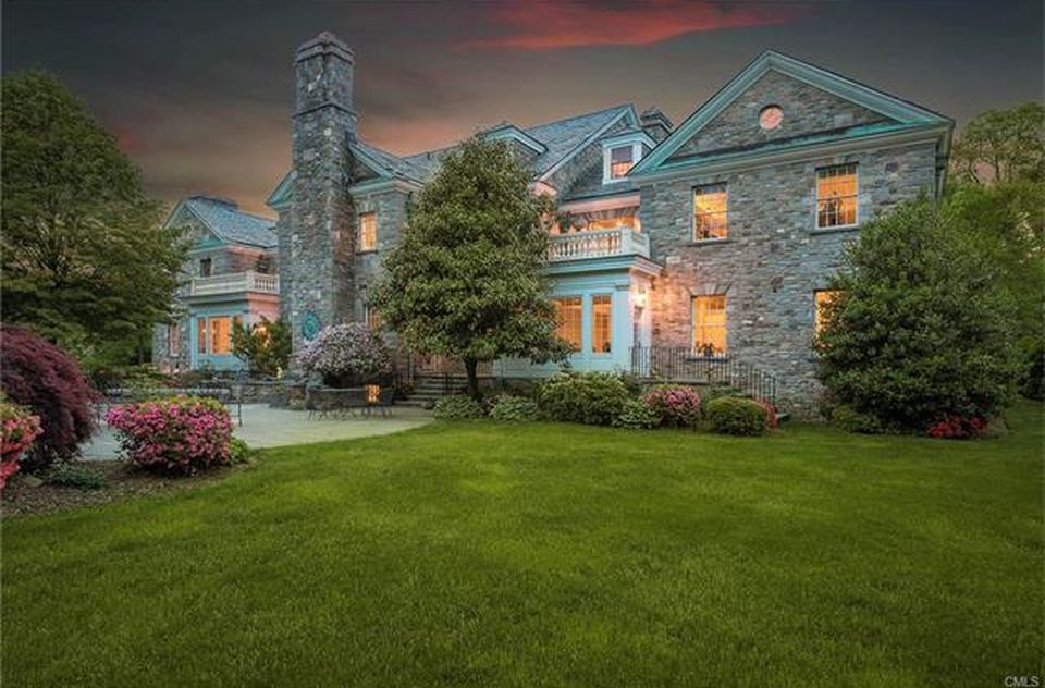 View 25 photos of this $3,999,000, 6 bed, 11.0 bath, 12179 sqft single family home located at 2959 Congress St, Fairfield, CT 06824 built in 1999. MLS # 99186741.