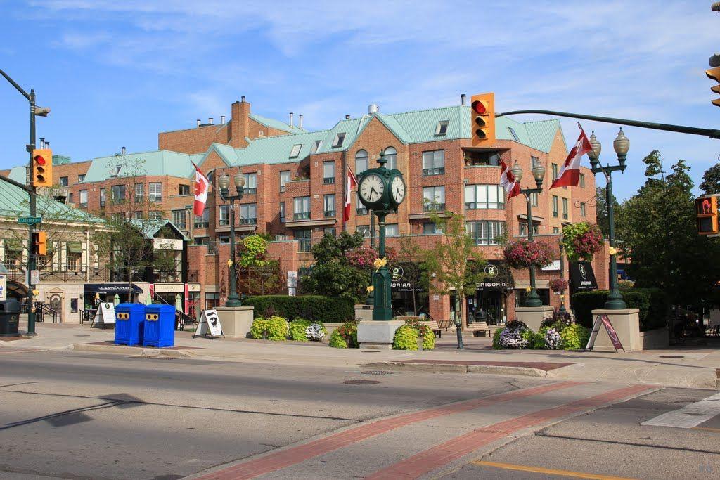 Town Square, Oakville, Ontario, Canada Oakville, Street