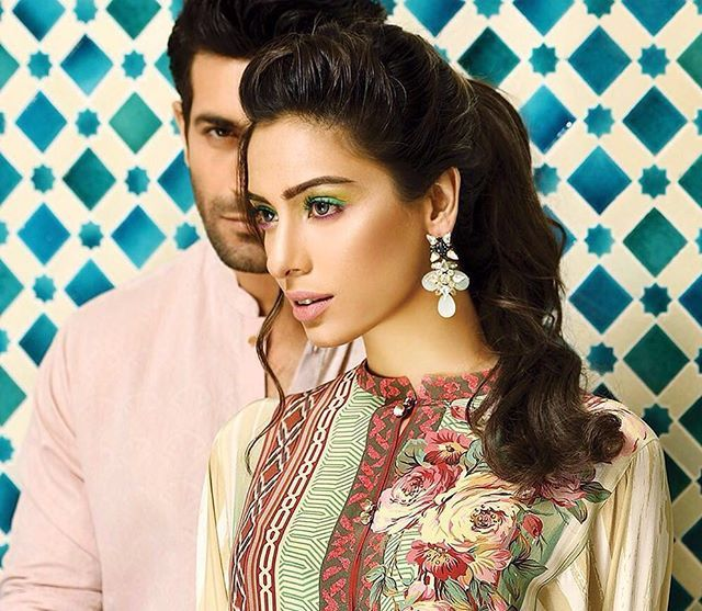 We have our eyes on #Crescent's Diorella silk tunic 😍 Modelled by the gorgeous #NoorayBhatti and always dapper #ShahzadNoor ✨✨✨ Styled&Photographed by @athershahzadofficial #mycrescent #designedbyfarazmanan #silk @crescentofficial