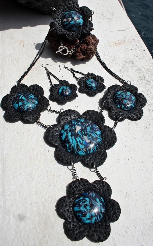 Lavablumen Blau schwarz