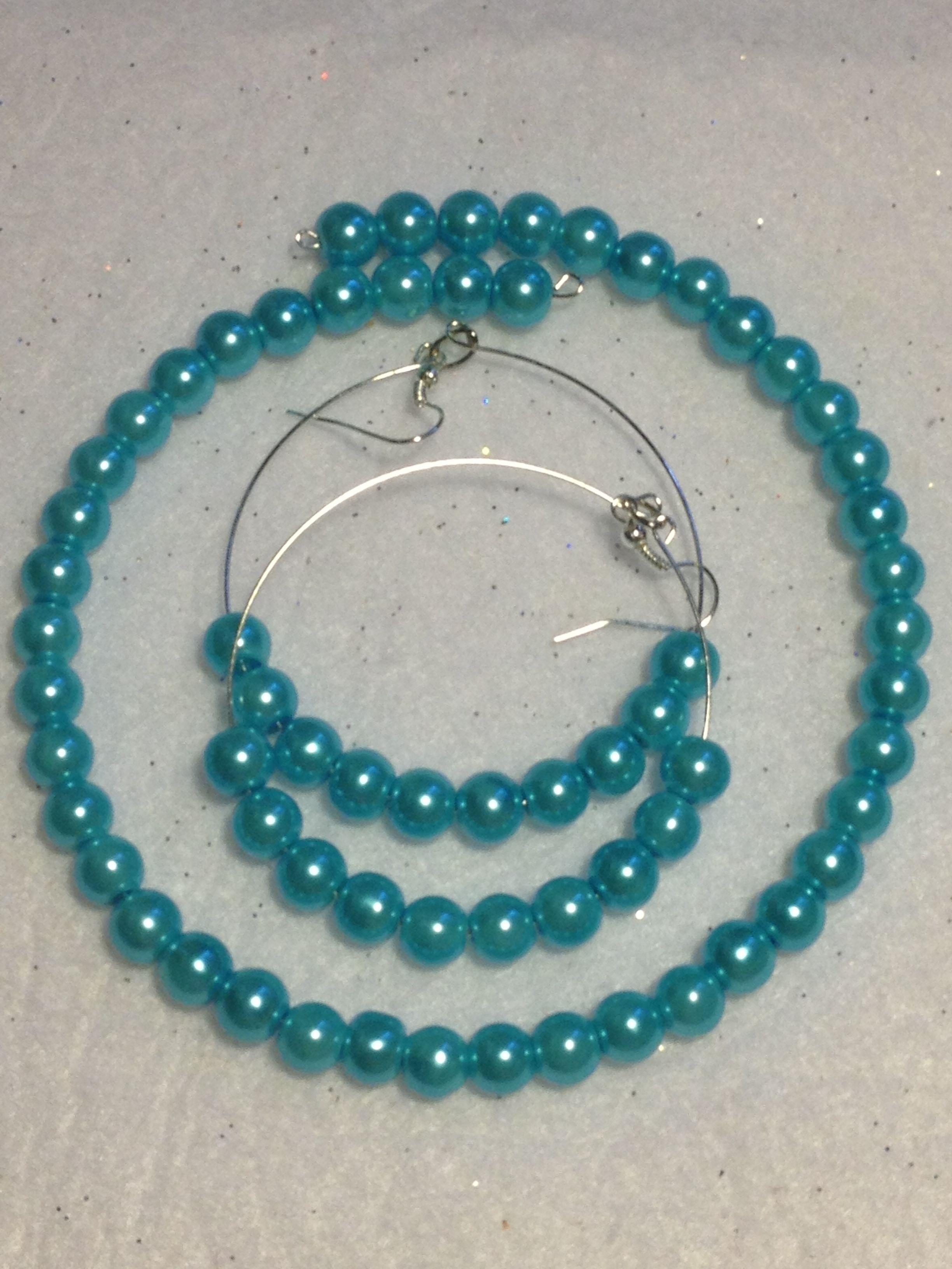 "Turquoise glass pearl ""Choker"""