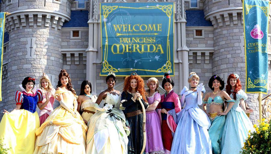 The princesses welcome Merida to the royal family!
