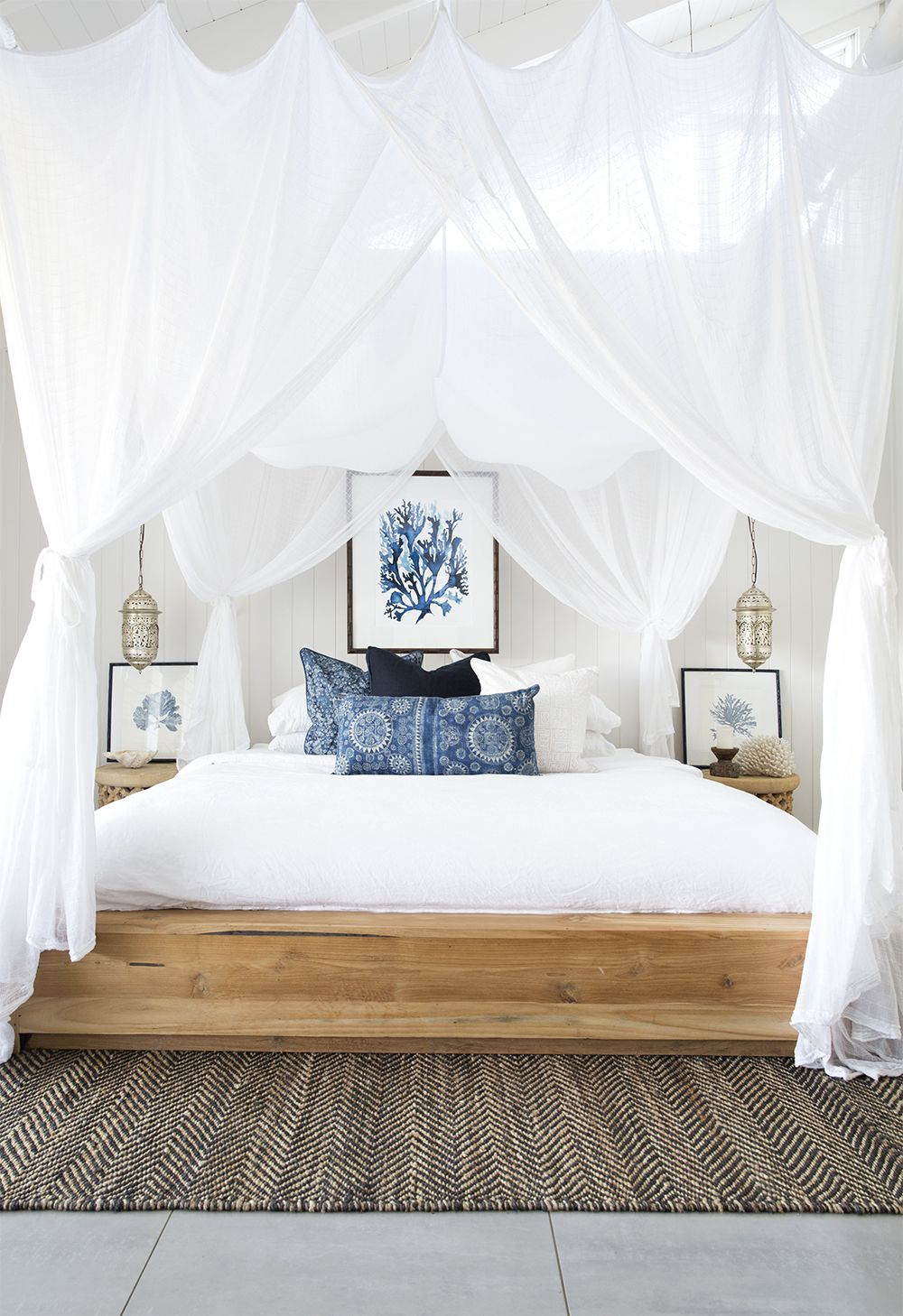 driftwood canopy bed on styling paradise archives villa styling freelance stylist photographer coastal bedrooms bedroom themes farmhouse master bedroom coastal bedrooms