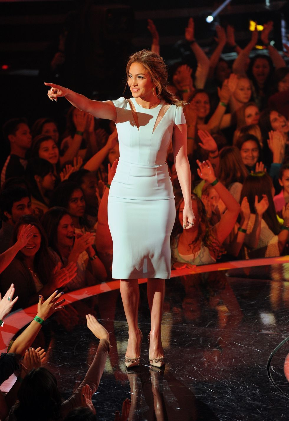 Every Outfit Jennifer Lopez Wore At The AMAs | HuffPost Life