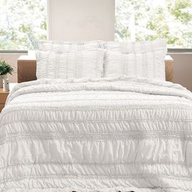 Ruched White Quilt Set With Ruffle Details Product Twin 1 Quilt And 1 Standard Sham Full Queen 1 Quilt And 2 Standard Shams King 1 Quilt Quilt Sets