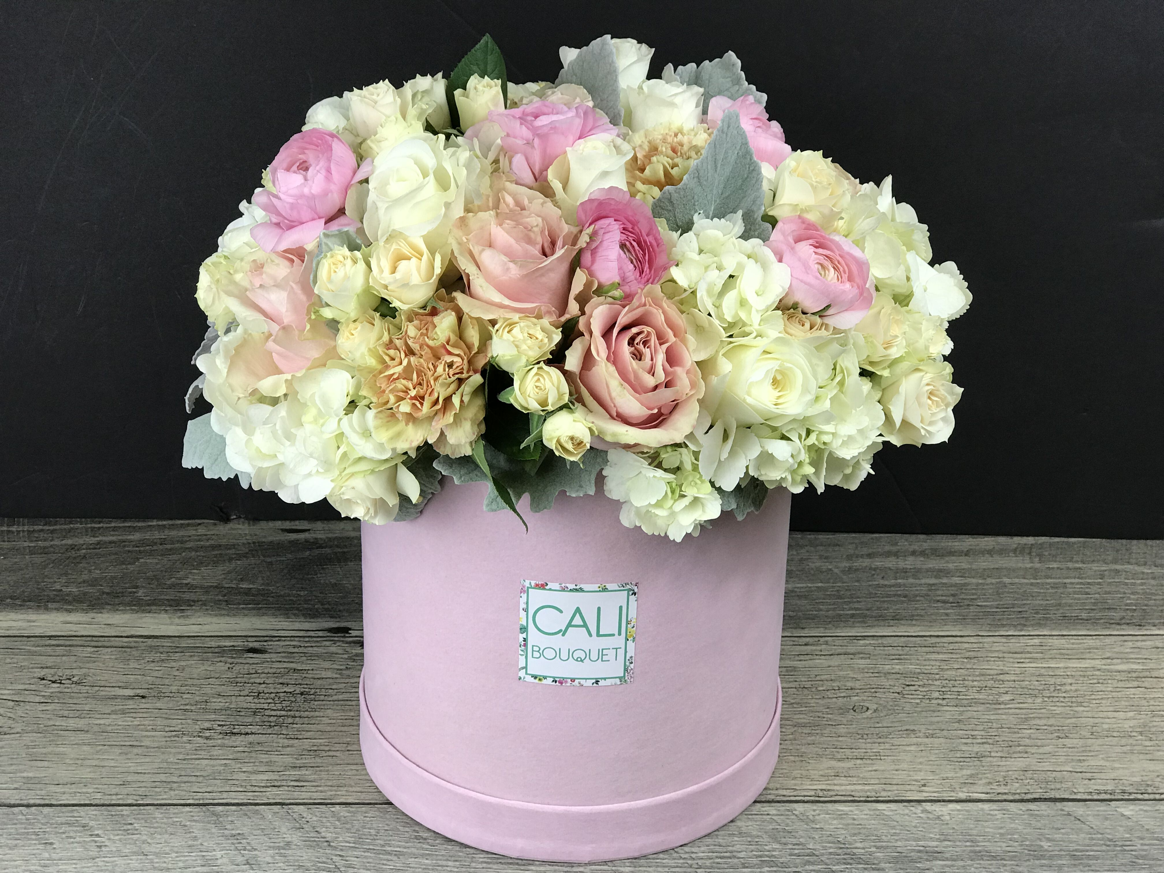 Pink Dream Box Pinterest Garden Roses Ranunculus And Florists