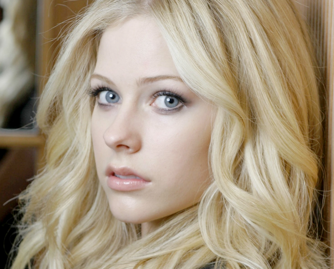 Image result for avril lavigne 2013 no eyeliner
