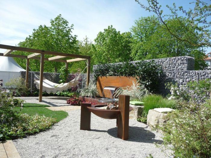 die h ngematte im garten sorgt f r eine genussvolle entspannung pinterest aufh ngen outdoor. Black Bedroom Furniture Sets. Home Design Ideas