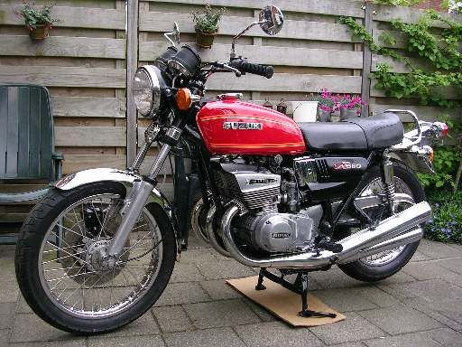 Gt 550 One Of Suzuki S Fine Ram Aired Cooled 3 Cylinder Two Stroke