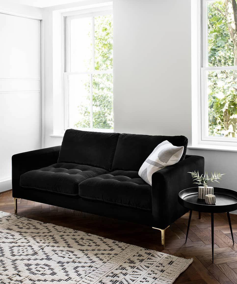 10 Black Sofas For A Dramatic Look Black Sofa Living Room Decor