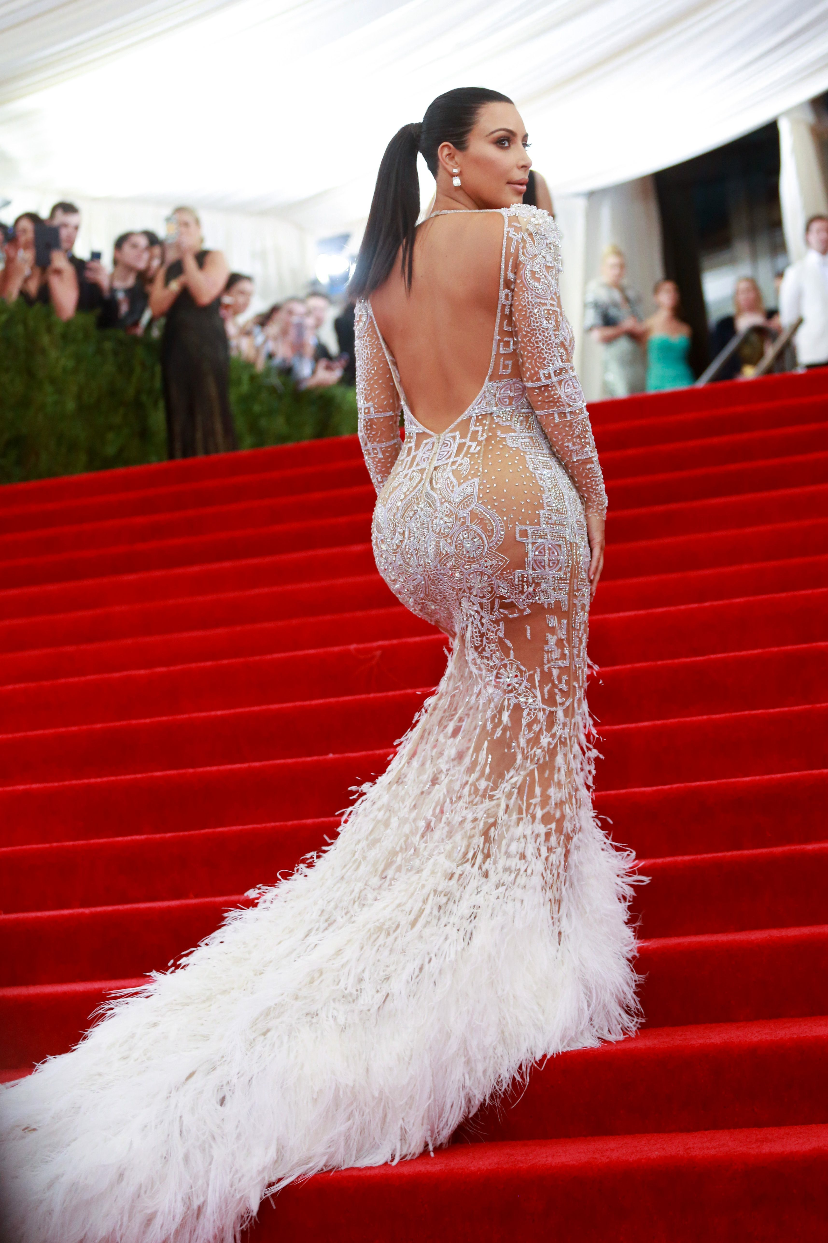 2b15178a48ac Kim Kardashian at the 2015 Met Gala