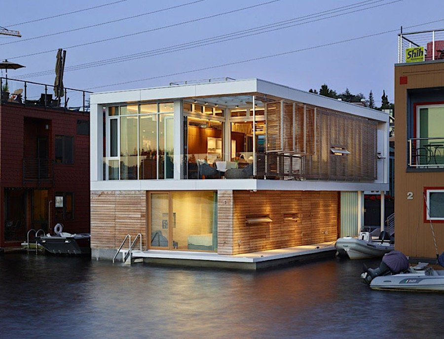 Mobiles Wohnen modernes mobiles wohnen am wasser umgeben kühlem und lieblichem