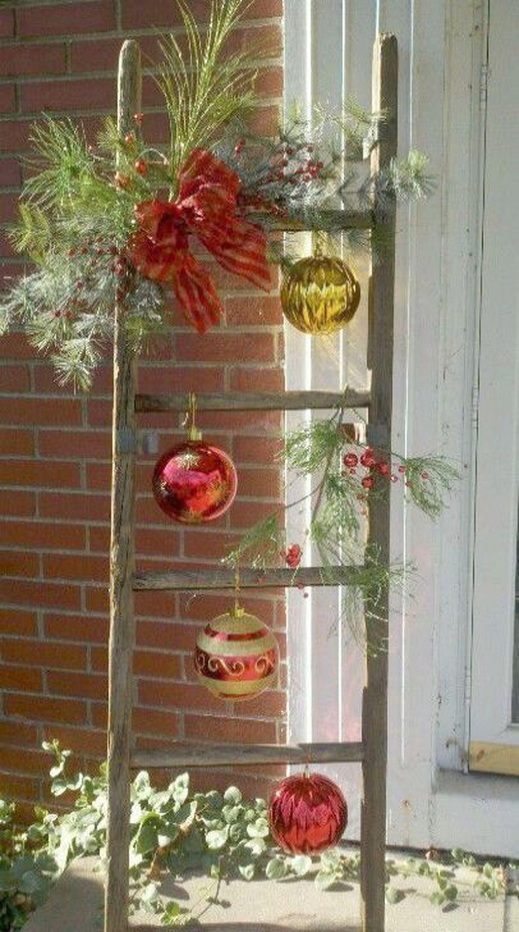 76 cheap diy christmas porch ideas source link