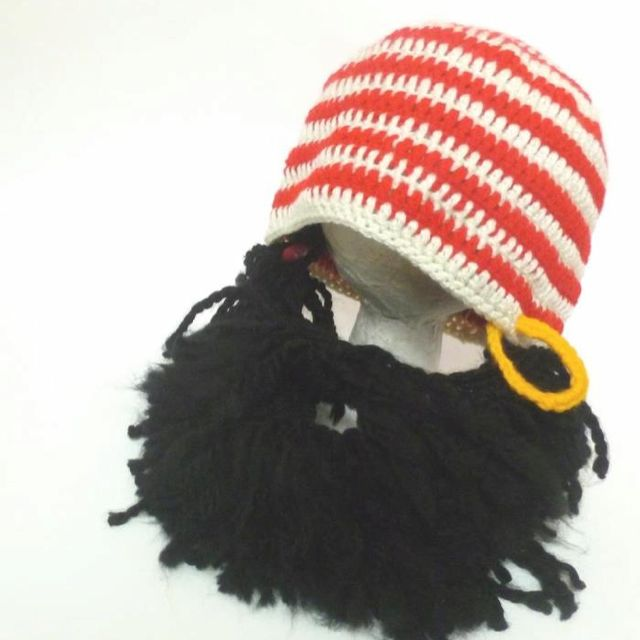 5fd7220b052 crochet beard Pirate hat www.facebook.com pages tentinypiggies ...
