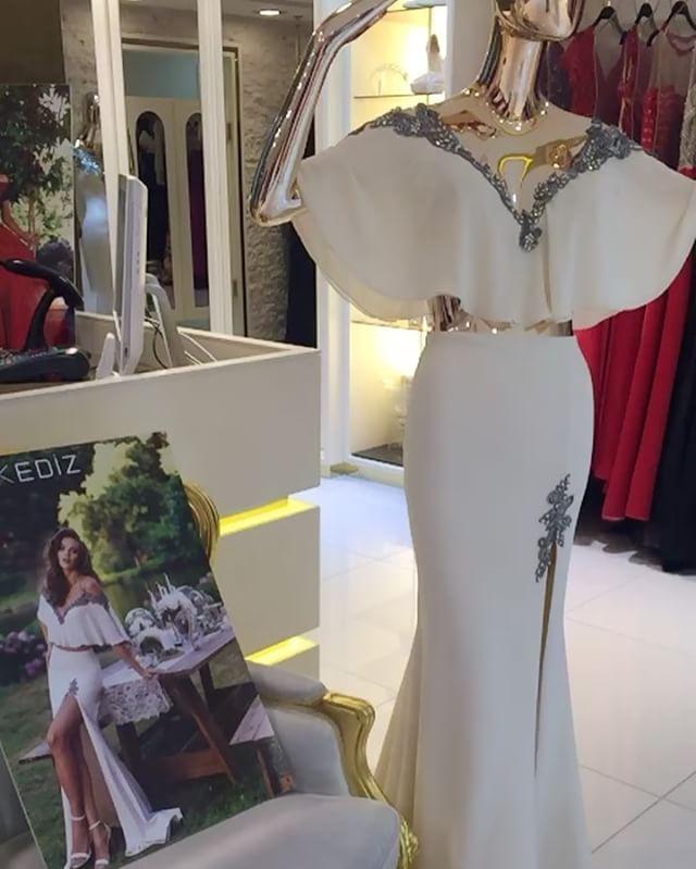 مجمع زهرا السرداب محل رقم14 لااي استفسار الرجاء التواصل وتس 66159892 00965 تصميم تركي رائع مميز فخم ناعم شيك فاشن فستان طوي Dresses Fashion White Formal Dress