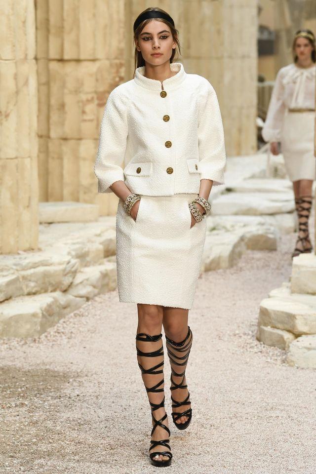 Assez Chanel | Tailleurs pour femme | Pinterest | Tailleur, Chanel et  WF43