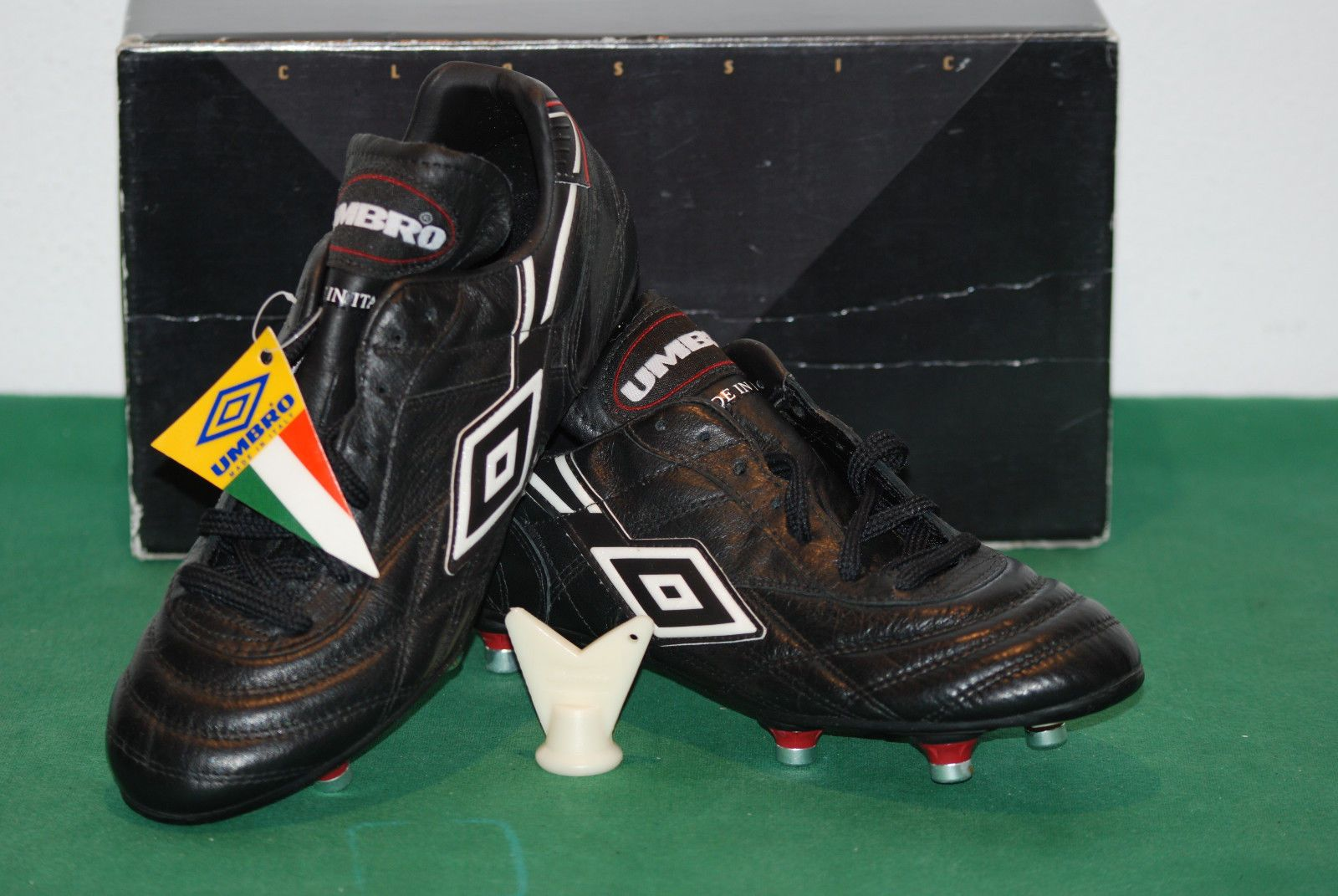 277358fa94 vintage UMBRO PELE SUPREME scarpe calcio 80s fluo juve soccer boots  kangaroo 90s