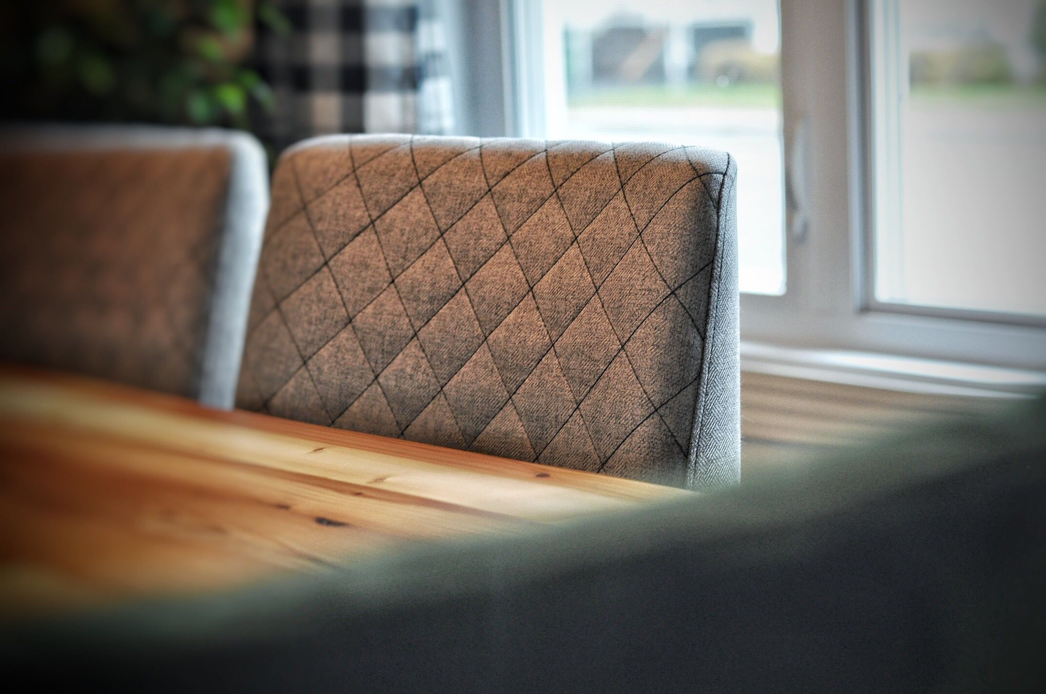 Chaises Marvin B 915 Surmesure Lusine Chaise Marvin B915 Chaise Chair Chair Decor