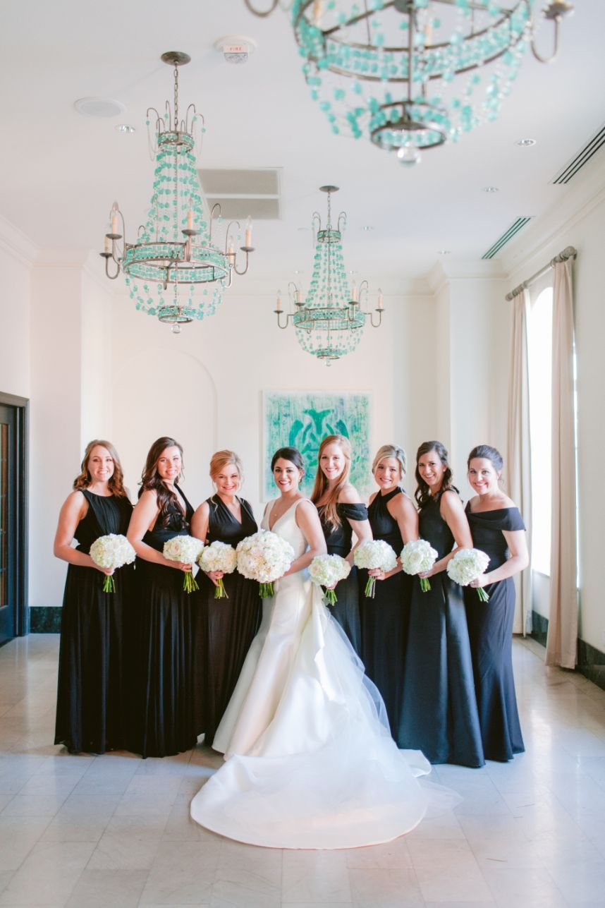 This Black Tie Downtown Tulsa Wedding is OhSoClassic