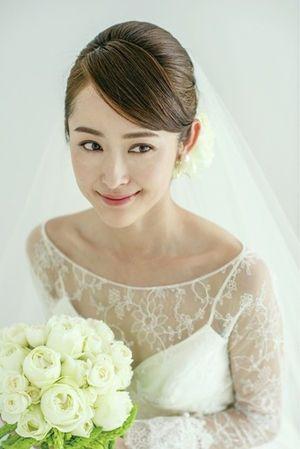 厳選画像 ドレスの雰囲気別掲載 花嫁のヘアスタイル ウェディング