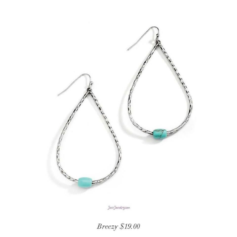 Breezy $19 - These exaggerated teardrop earrings feature a single turquoise stone accented against the hammered silver detail. #dangle #hammered #silver BUY NOW http://www.justjewelry.com/linziepflumm/Item.aspx?Item=4D71CAB7-2D10-431E-B8BF-3216F43855E7