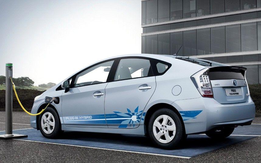 Nasce In Cechia L Ibrido Toyota Hybrid Car Luxury Hybrid Cars Vehicles