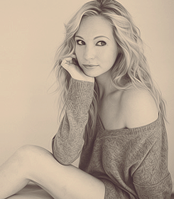 Candice Accola // The Vampire Diaries // Caroline Forbes // middle-length blonde hair [1]
