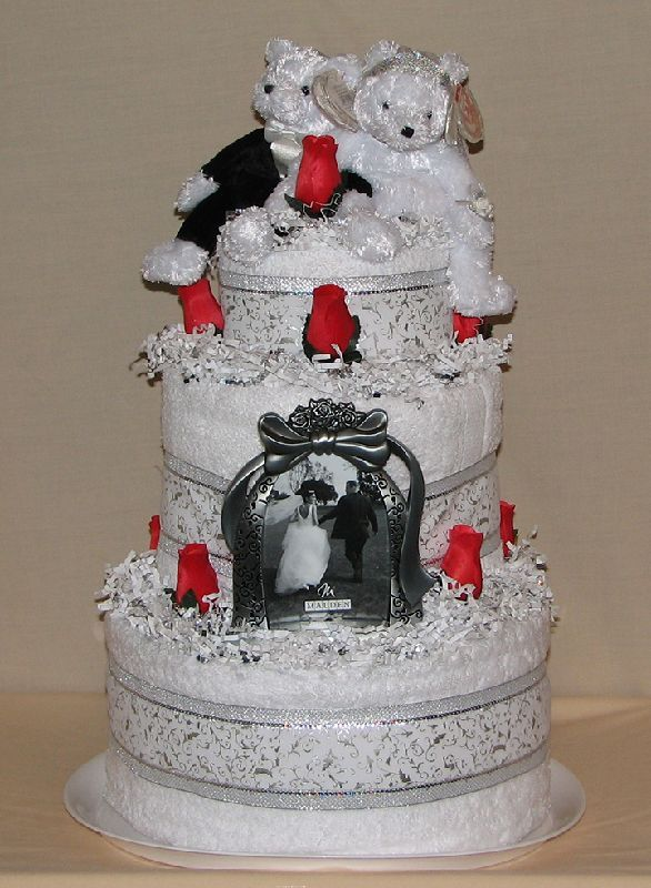 traditional wedding towel cake