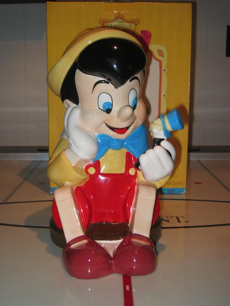 Disney Cookie Jar Etsy >> Pinocchio With Jiminy Cricket Cookie Jar From Walt Disney In 2019