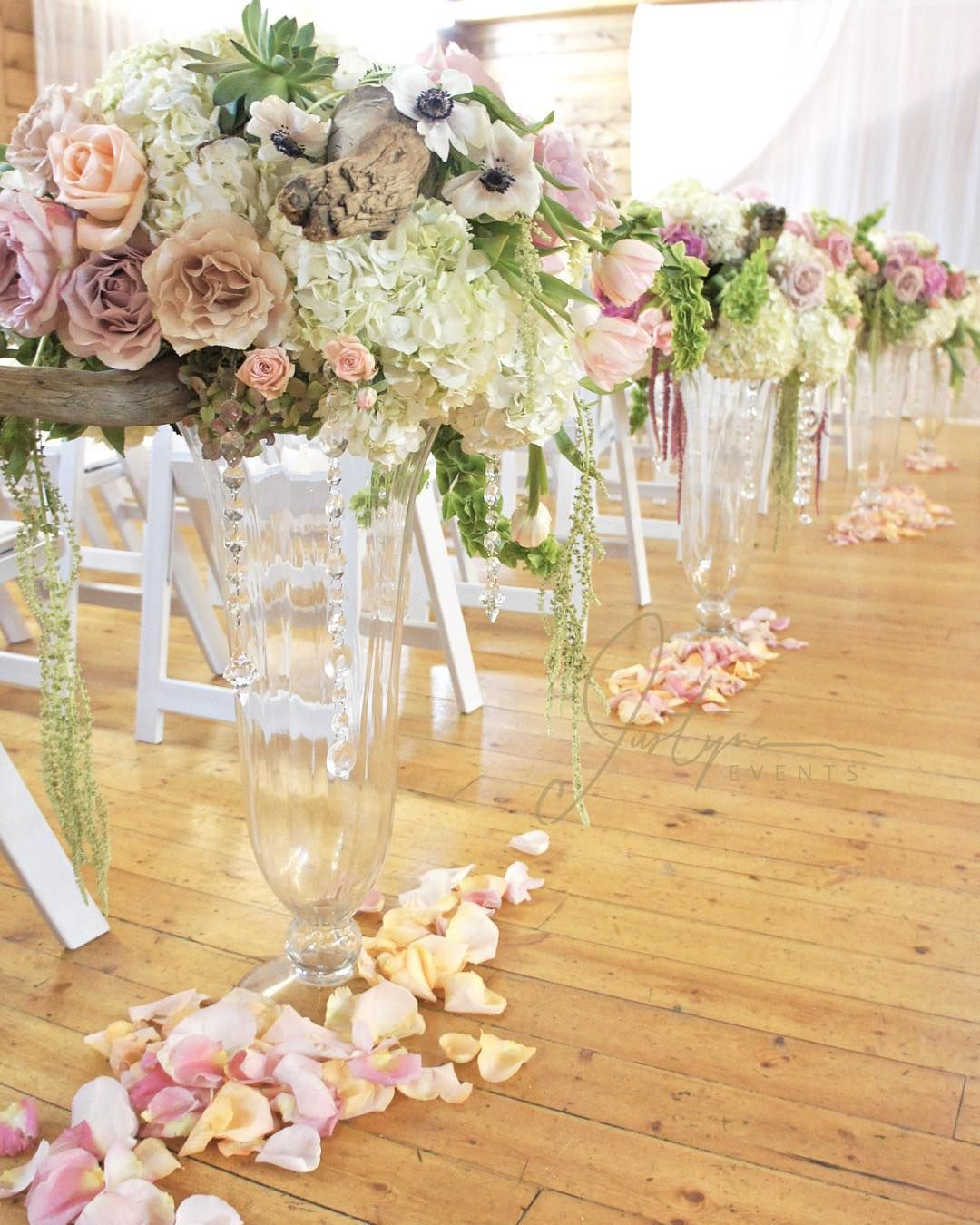 Fabulous Vancouver Wedding Floral Arrangement