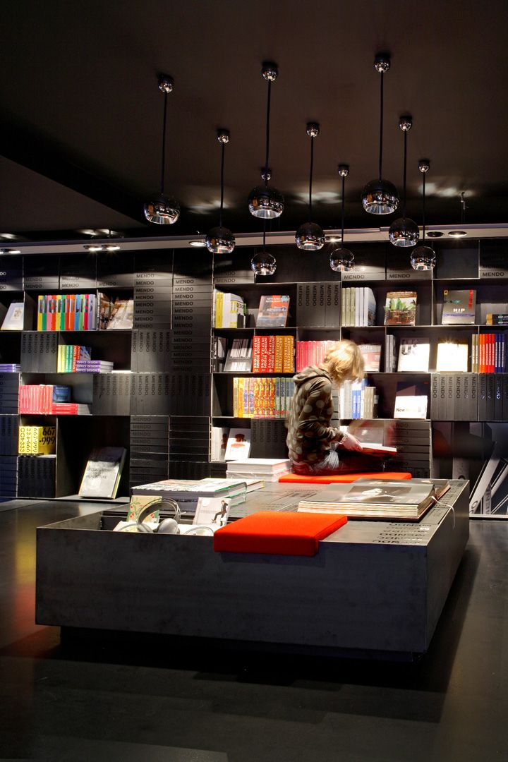 Design bookshop by Mendo 02 Design bookshop by Mendo, Amsterdam