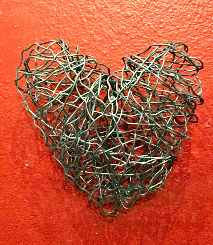 Wire heart, heart, wire art, love, heart art, valentine , valentines gift , gift, present, 3 dimensional art, wire, wall art by JennysCornerShop on Etsy https://www.etsy.com/listing/482078332/wire-heart-heart-wire-art-love-heart-art