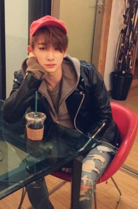 [#원호] 커피쓰다 으아 어른이 되는 중 (((사실 좋아함))) 몬베베는 커피좋아해요?