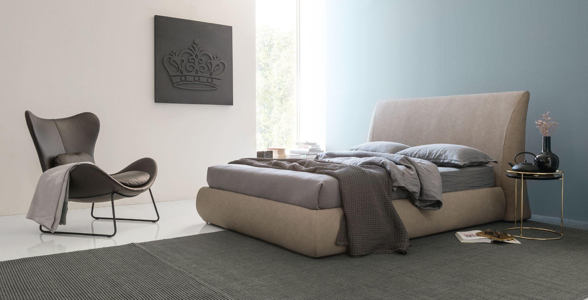 Michigan bed calligaris calligaris bedroom in 2019 - Bedroom furniture stores michigan ...