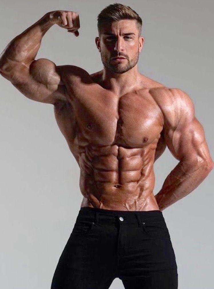 Pin by MT on Hot muscular men   Muscular men, Muscle men, Men
