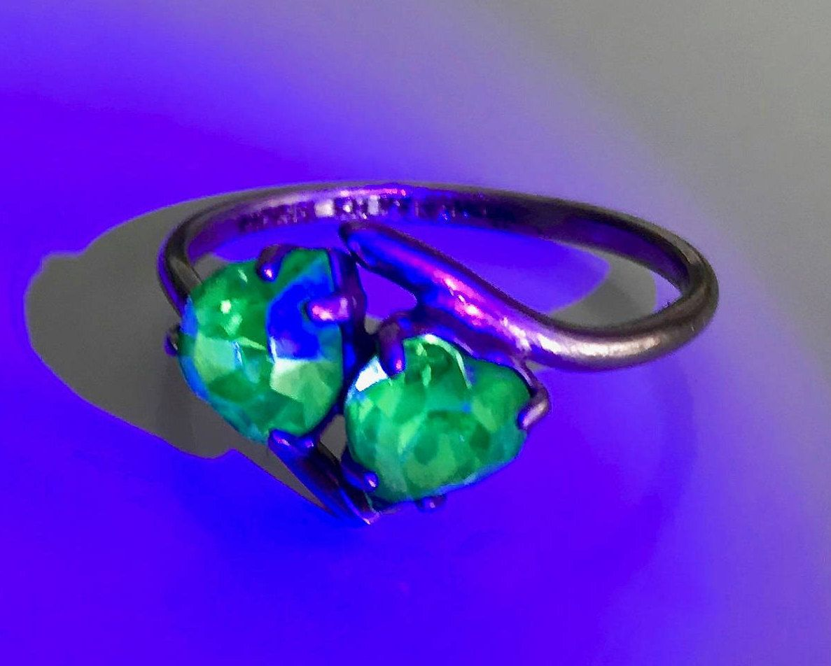 Vintage Uranium Glass Vaseline Glass Two Hearts Nickel Silver Ring Glows Free Black Light By Adorne Rings Jewelry Simple Silver Jewelry Handmade Vaseline Glass