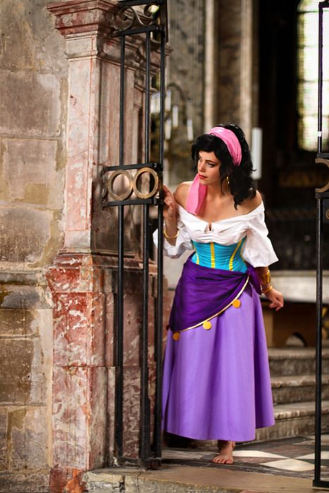 Esmeralda in the cathedral gold bangles pink hair scarf purple such a great esmeralda cosplay solutioingenieria Choice Image