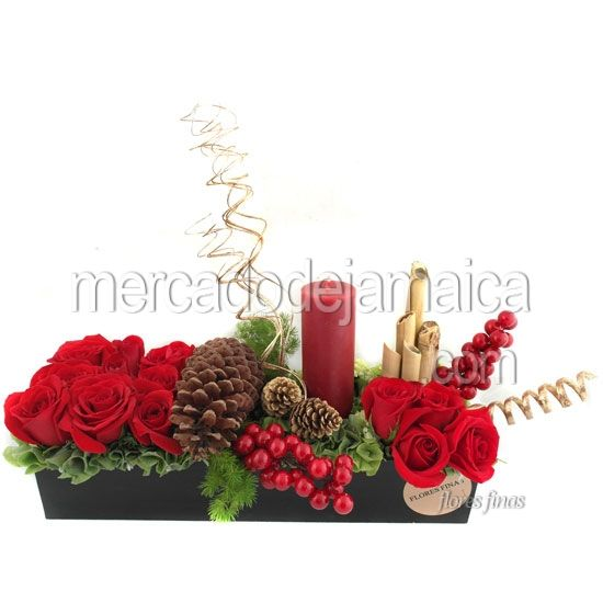 Arreglo floral para navidad con rosas arreglos florales for Arreglos navidenos para mesa