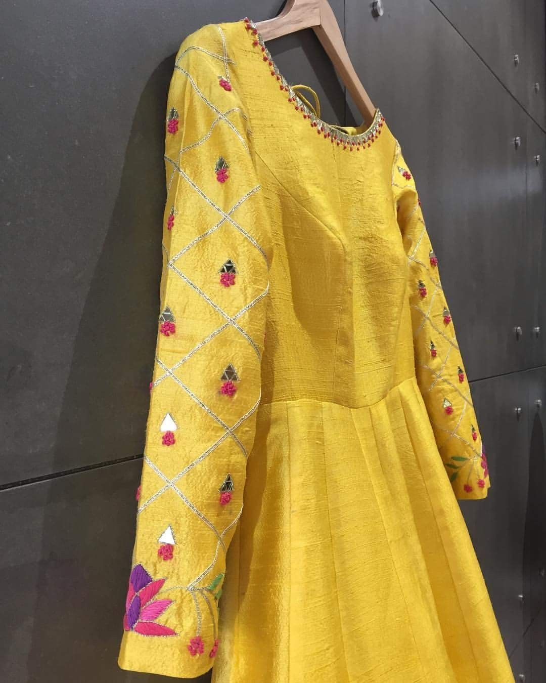 Pin By Ayu Sari On Ruchi Designs: Pin By Ruchi Khanna On Dressing Up Time In 2019