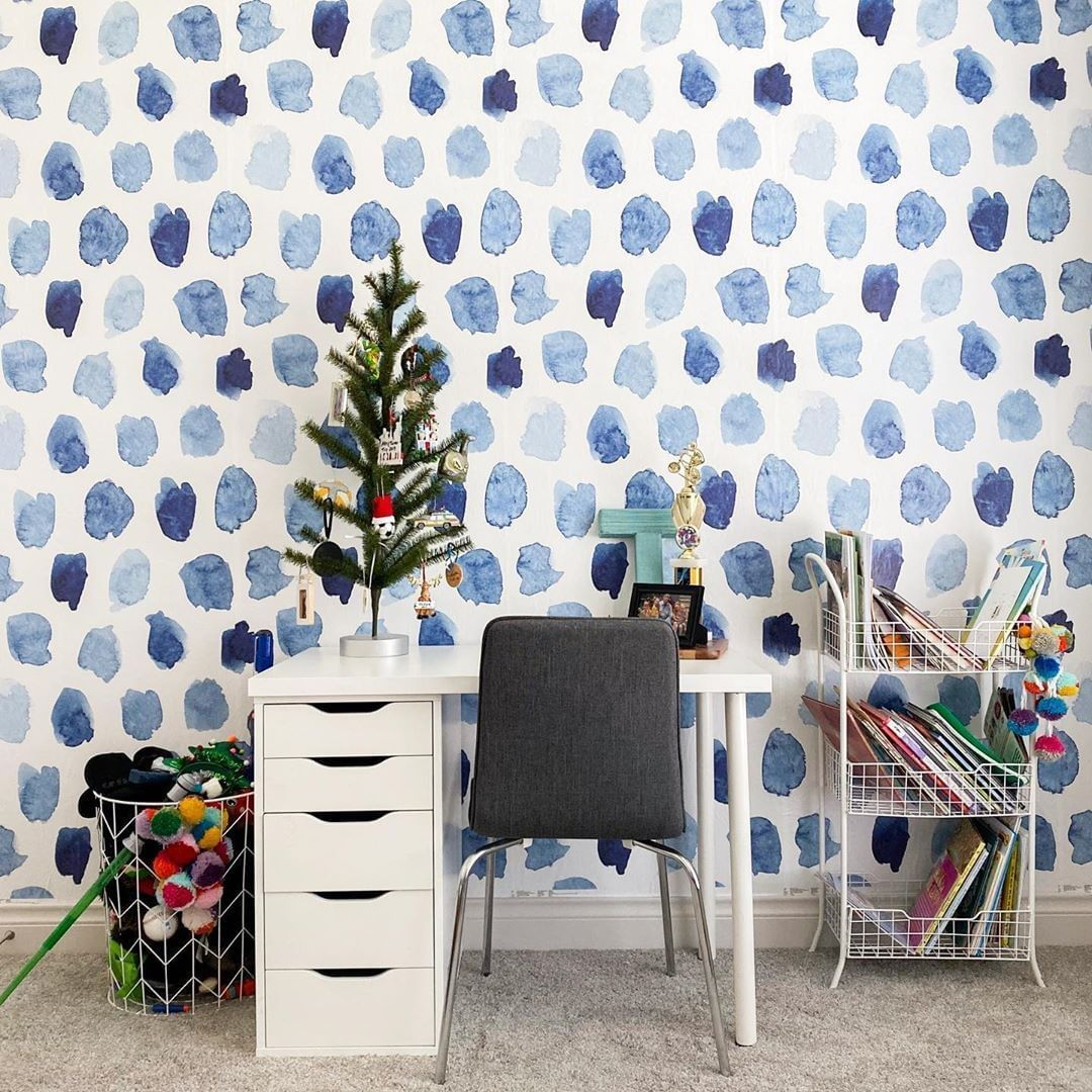 Peel And Stick Wallpaper On Instagram I Change My Mind On Decor A Lot So Putting Up Wallsneedlove Removable Wallpaper Has Been A Game Changer I Ve Only In 2020