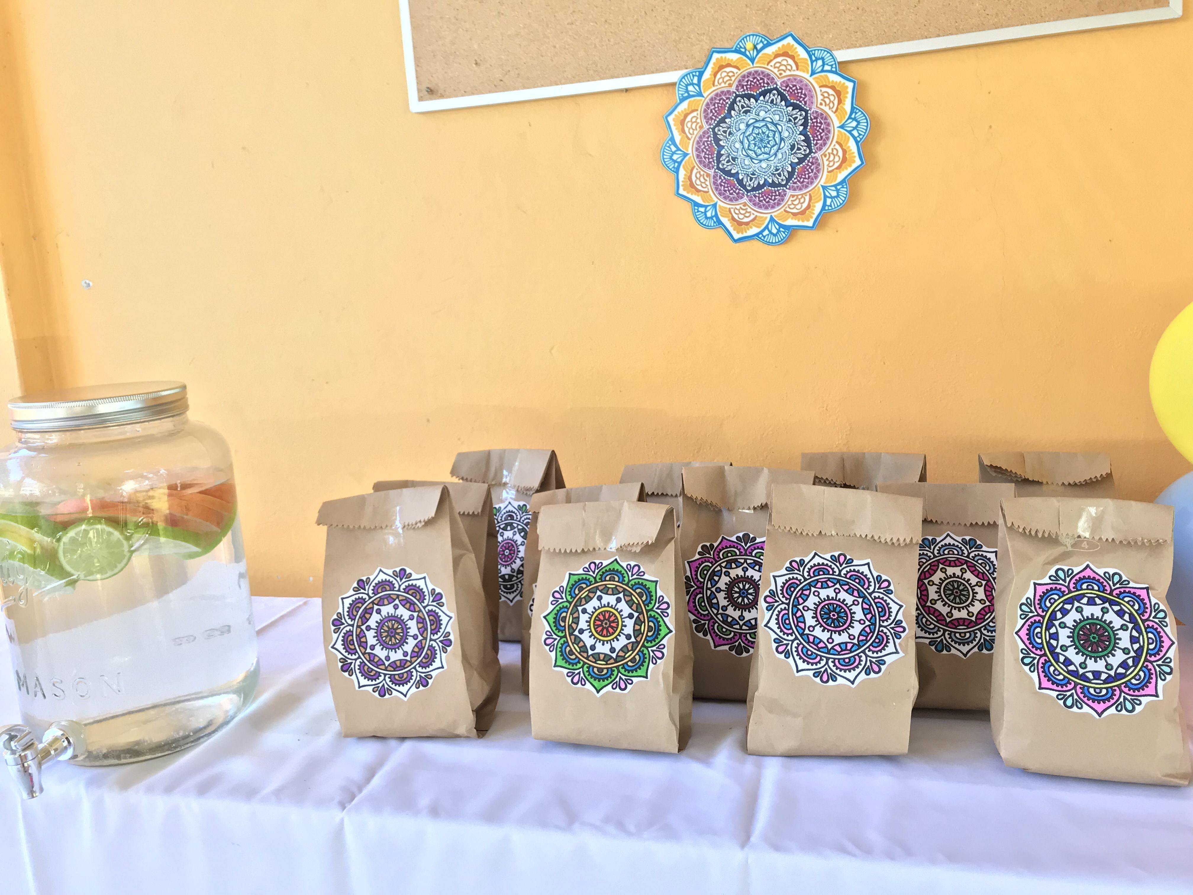 Pocoyo Amigurumi Nacións : Mandala #piñata fiestas infantiles pinterest mandala