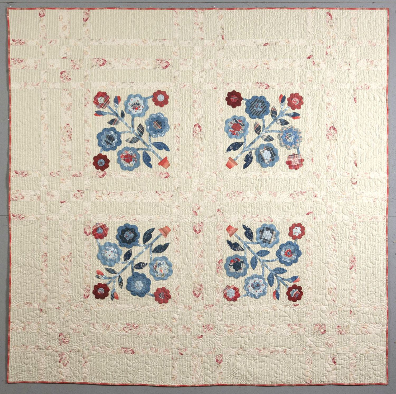 Summer Roses Quilt - as featured in the book American Summer by Polly Minick.