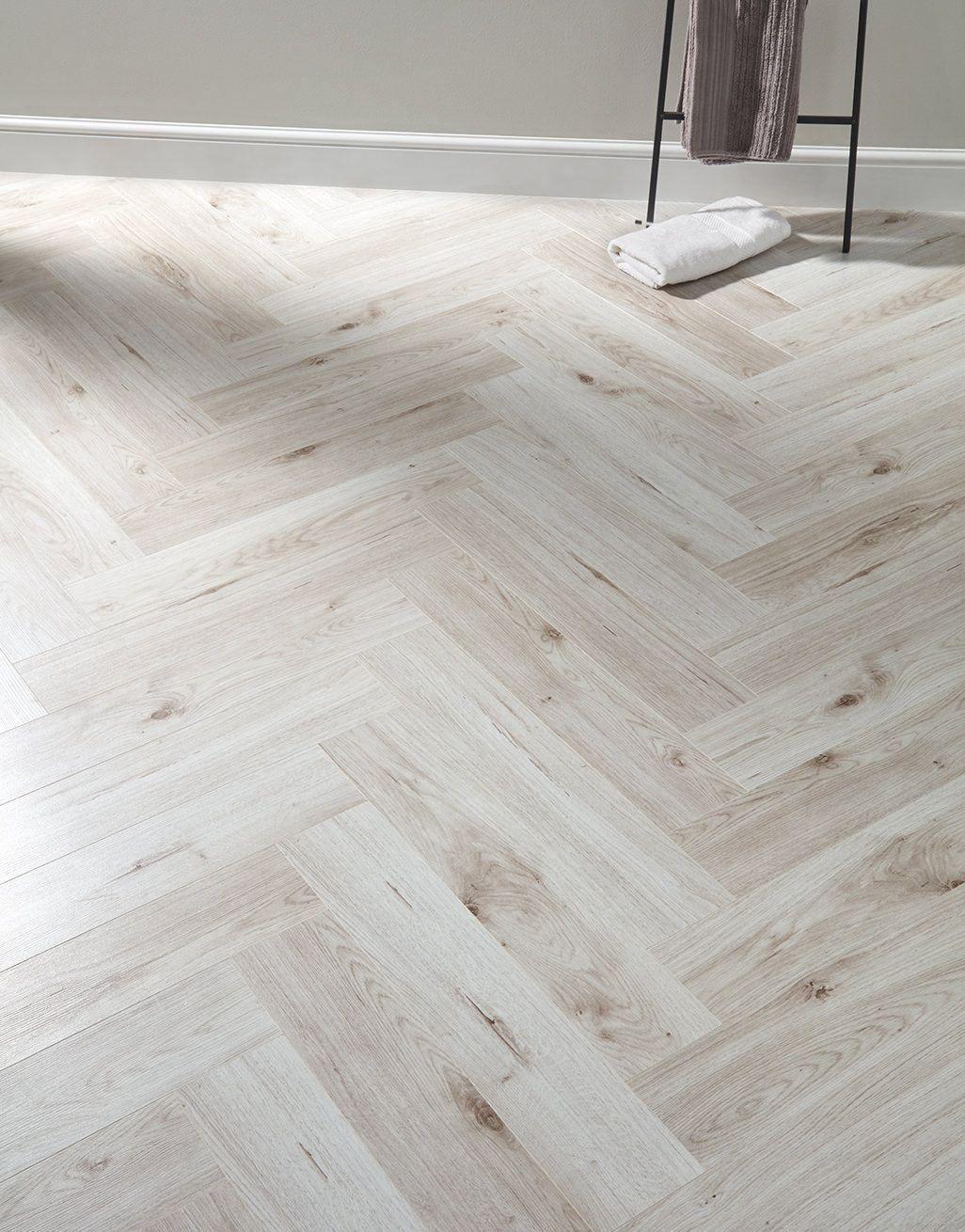 Herringbone Pearl Oak Laminate Flooring 1000 in 2020