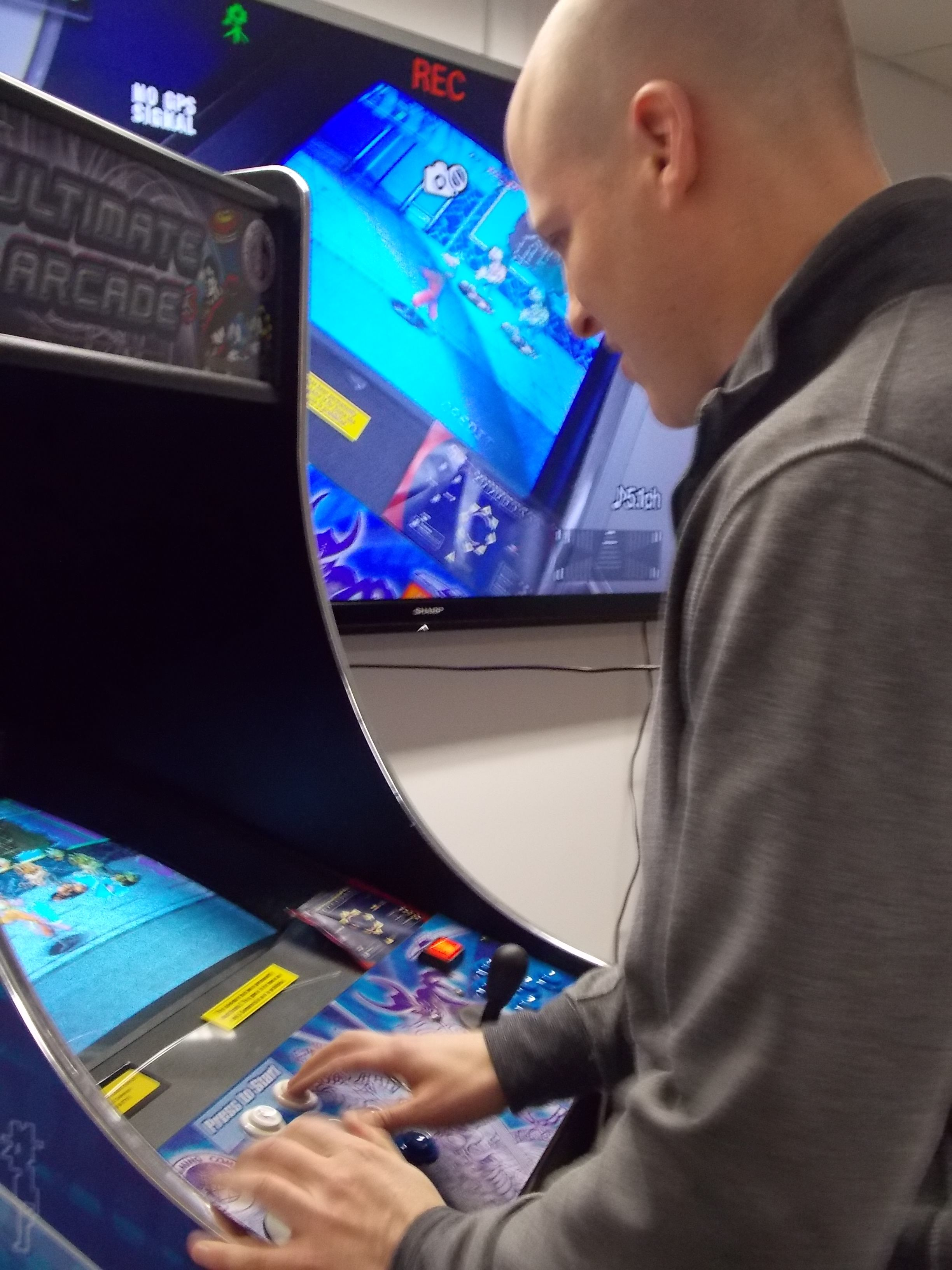 Rise Interactive Chicago Office Arcade Competition 2/1