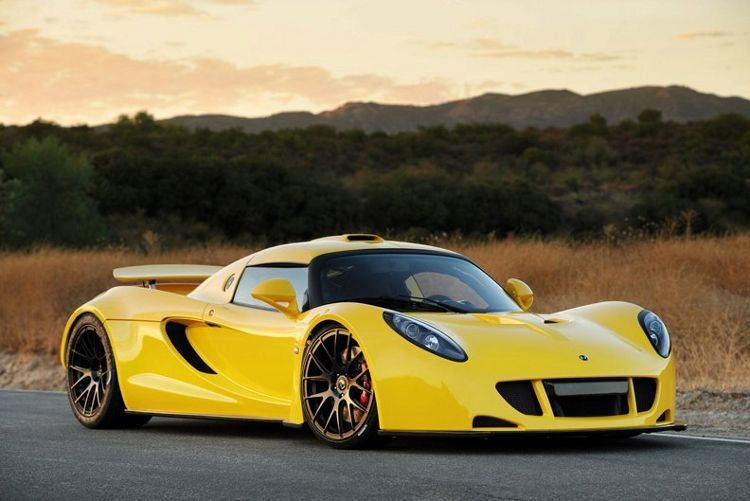 Top 10 Fastest Cars In The World 2011 Hennessey Venom Gt Car In